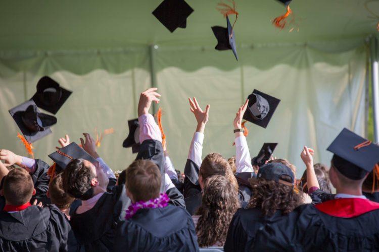 Nebraska's Health Services & Social Work Scholarship Programs